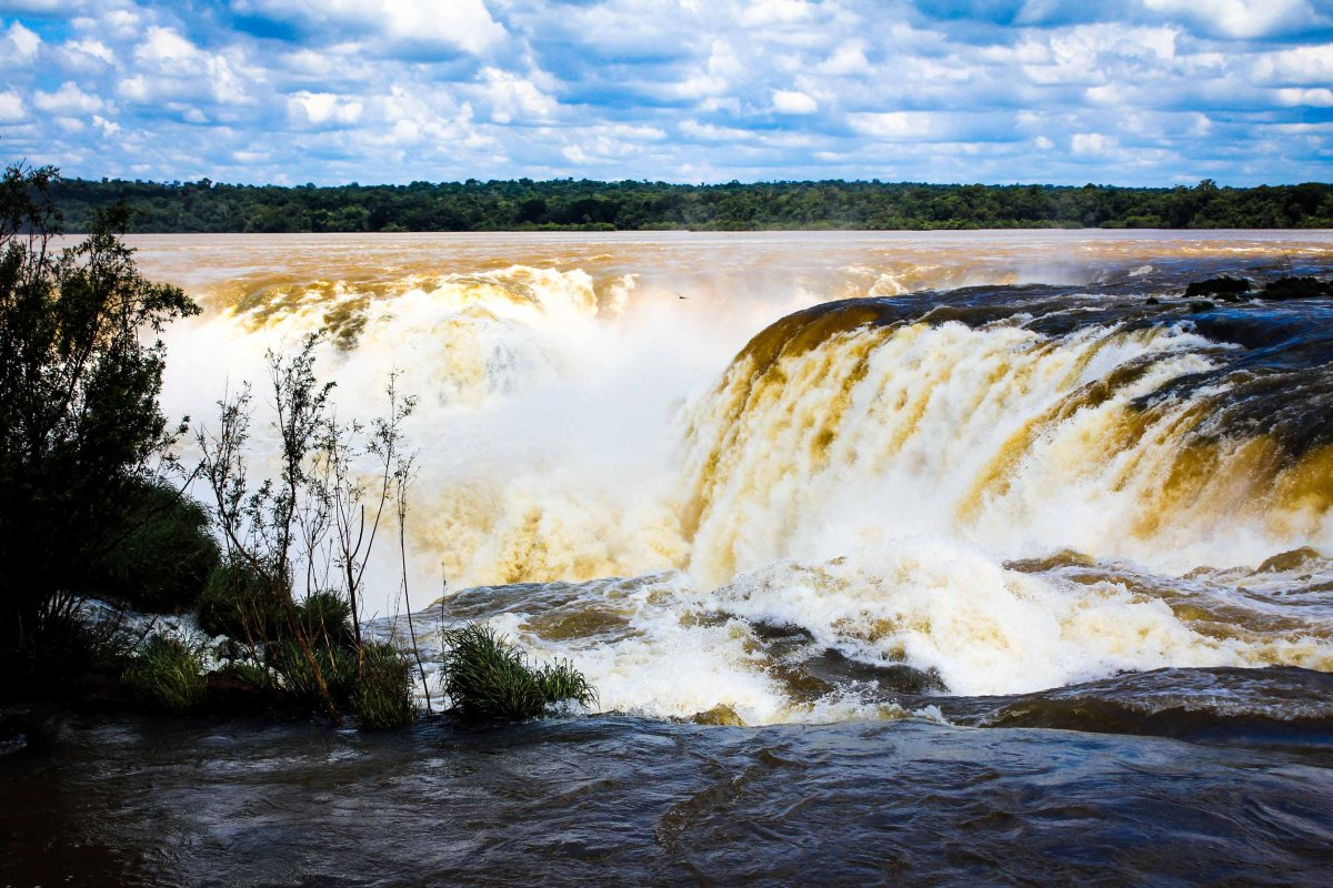 Iguazu: Argentinian Side And Some Travel Tips